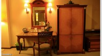 ห้องพัก V.I.P. (เตียงเดี่ยว/ เตียงคู่ ) - สัณญาณ WIFI ทุกชั้น - ห้องพักมีขนาดกว้างขวาง พร้อม TV และช่องรายการ Cable TV -ชุดกาน้ำร้อน+กาแฟภายในห้องพัก ฟรี - ห้องน้ำขนาดใหญ่พร้อม อ่างอาบน้ำ แยกโซนจากส่วนอาบน้ำฝักบัว